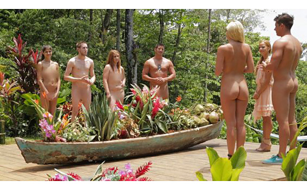 Naked boobos
